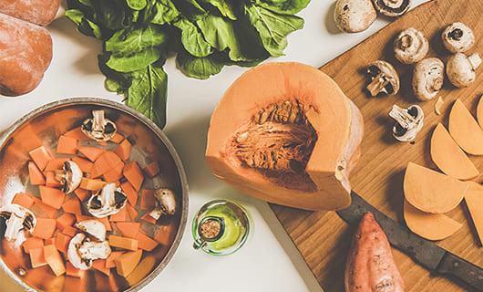 5 Nutritionist – Approved Tips For Eating For Better Skin